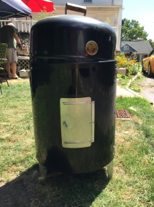 We picked this uber-cheap barrel smoker up off Craigslist.